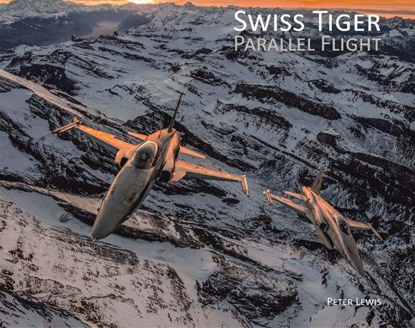 Picture of Swiss Tiger Parallel Flight