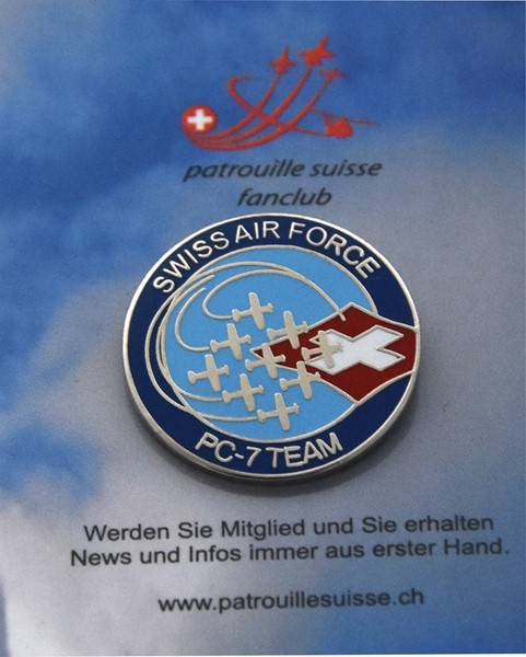 Photo de Swiss Air Force PC-7 Team Logo Pin
