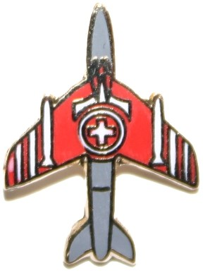 Picture of Hawker Hunter Pin small in den Patrouille Suisse Farben